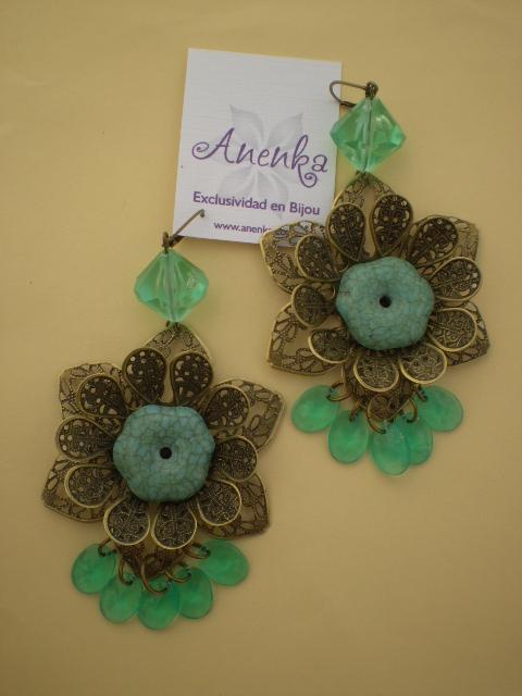 Aros de filigranas con verde