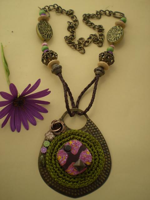 Collar artesanal